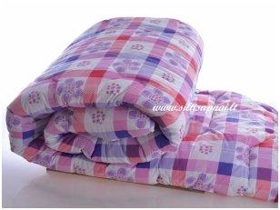 Vasarinė marginta antklodė su poliesterio užpildu 200 g/m2