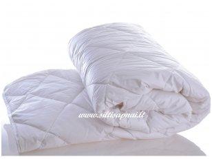 Vaikiška antklodė su skalbiamos avių vilnos užpildu 450g/m2