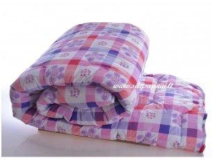 Žieminė marginta antklodė su poliesterio užpildu 450g/m2