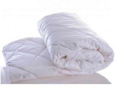 Nukainota vasarinė antklodė su skalbiamos vilnos užpildu 250g/m2 (172x205 cm)