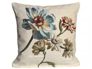 """Gobeleninė pagalvėlė """"Gėlės"""""""