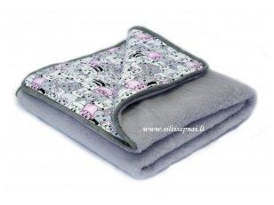 """Kašmyro vilnos antklodė """"Mieli Katinėliai"""" 100x140 cm (rožinis)"""