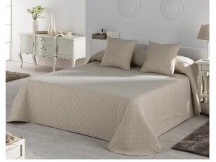 """NUKAITONAS lovos užtiesalas """"Happy"""". Nukainavimo priežastis, prekė iš ekspozicijos, paprastame įpakavime."""