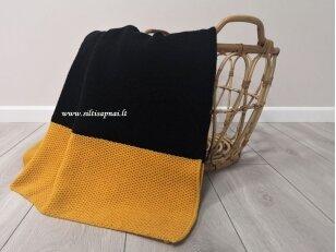 """Megztas merinosų vilnos pledas """"Elegancija"""" (juodas su geltonu)"""