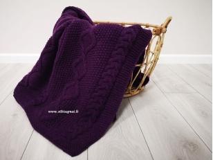 """Megztas merinosų vilnos pledas """"Šilti sapnai"""" (violetinis)"""