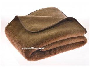 """Kupranugarių vilnos antklodė-pledas """"Šokoladas"""""""