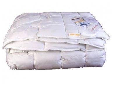 Kupranugarių povilnės antklodė TRAUMINA