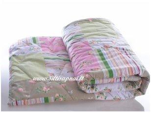 Nukainuota vaikiška antklodė su medvilnės pluošto užpildu 400g/m2