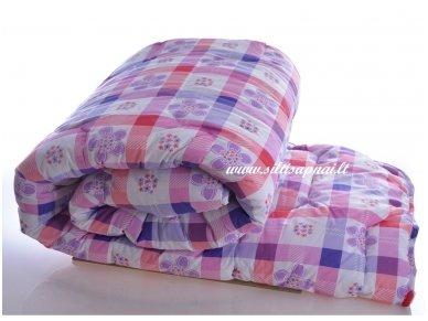 Nukainota universali marginta antklodė su poliesterio užpildu 350g/m2