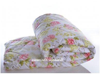 Nukainuota universali antklodė su vilnos užpildu 450g/m2  (220x240 cm)