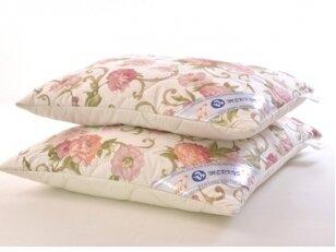 NUKAINOTA pagalvė su vilnos užpildu. Nukainavimo priežastis - prekė iš ekspozicijos.