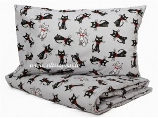 """Pagalvėlė su pagalvės užvalkalu """"Mieli katinėliai"""" (40x40 cm)"""