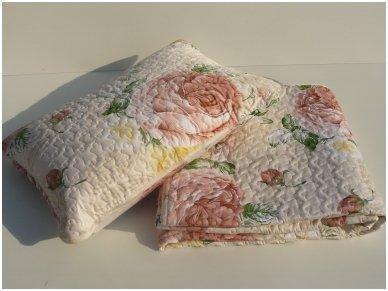 """Satino užklotas - lovos užtiesalas su užvalkalais pagalvėms """"Sabina"""" 2"""
