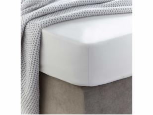 Siuvama vaikiška medvilnės paklodė su guma (balta)