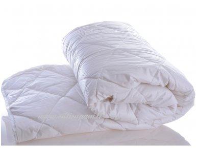Universali antklodė su skalbiamos vilnos užpildu 450g/m2