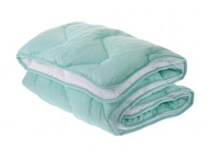 NUKAINOTA vaikiška universali antialerginė antklodė su poliesterio užpildu 350 g/m2. Nukainavimo priežastis - antklodė iš ekspozicijos, paprastame įpakavime.