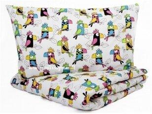 """Vaikiška medvilninė paklodė  """"Papūgėlės"""" (100x140 cm)"""