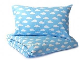 """Vaikiška pagalvėlė su pagalvės užvalkalu """"Debesėliai""""  (40x40 cm)"""