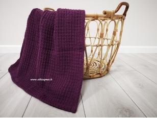 """Vaikiškas medvilninis pledas į vežimėlį  """"Iliuzija"""" (baklažano) 70x90 cm"""