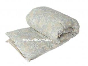 Žieminė žąsų 90%  pūkų - 10% plunksnų užpildo antklodė (140x205 cm)